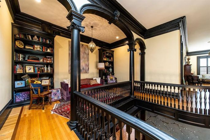Upstairs staircase